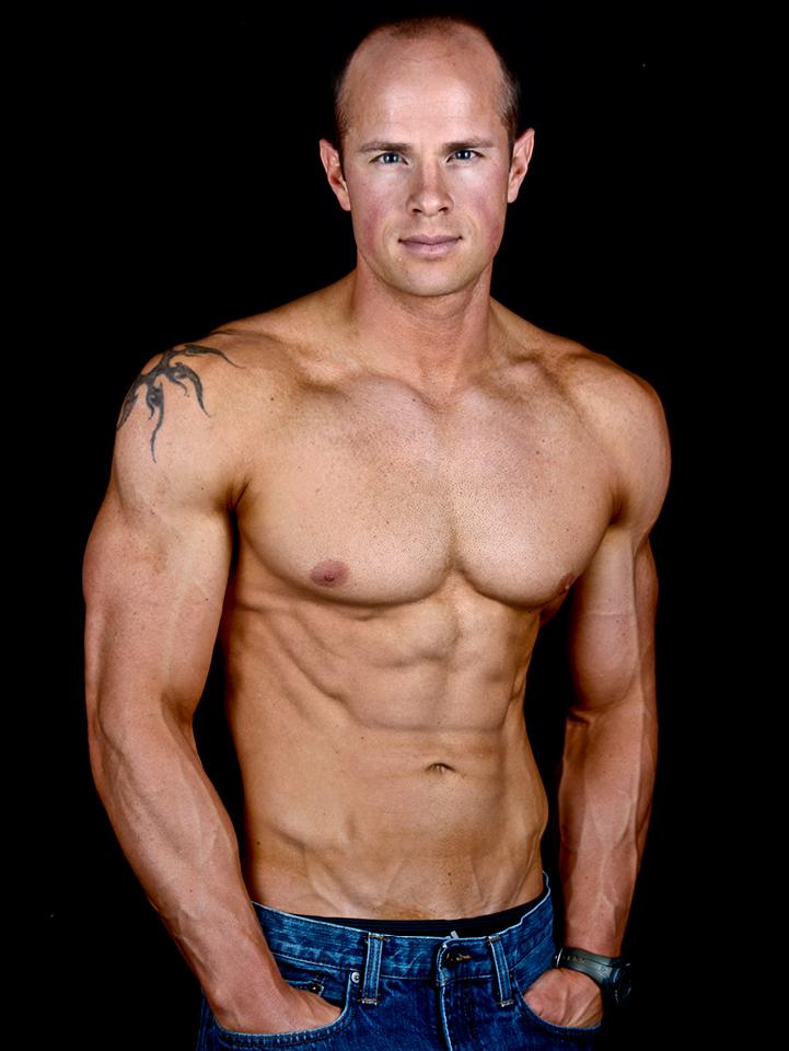 isa-bodybuilder3