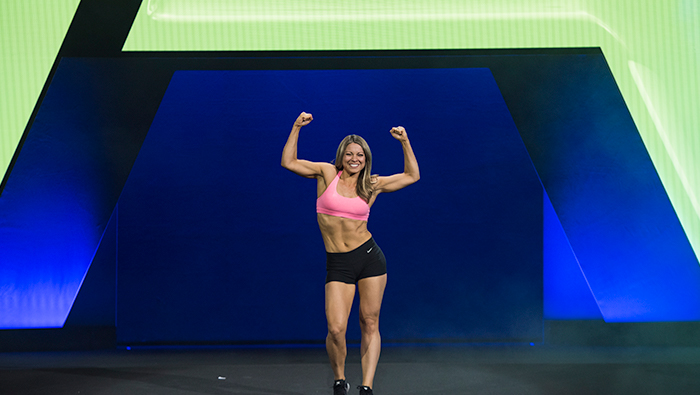 Woman on stage IsaBody finals