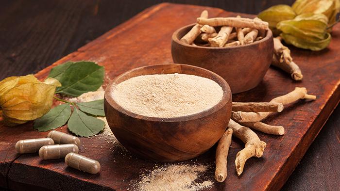 Ashwagandha root and root powder.
