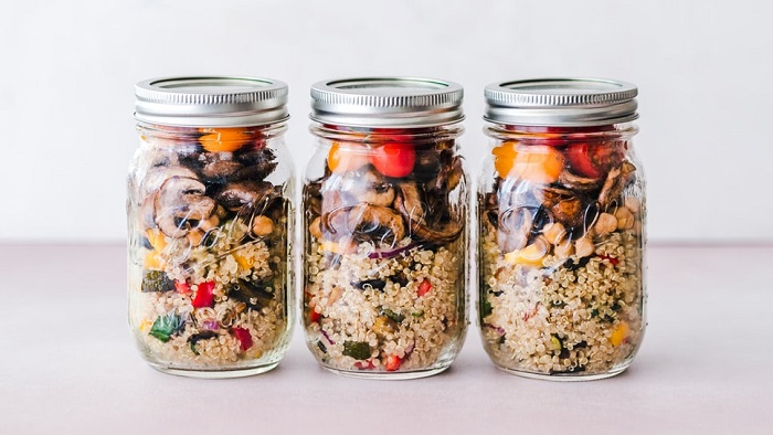 Meal prep in 3 jars