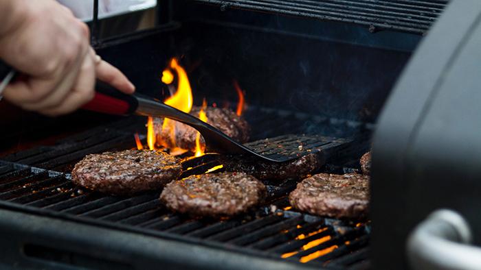 grilling bison burgers