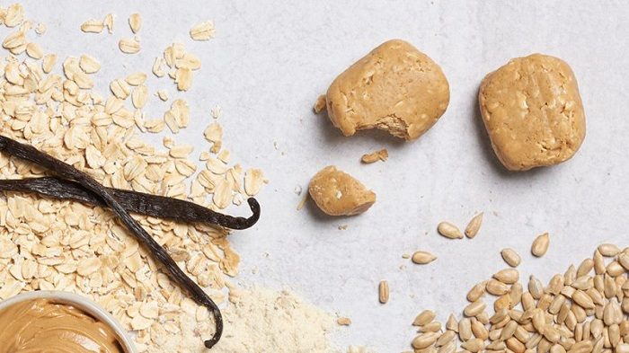 Peanut Butter Bliss Snack Bites with raw ingredients