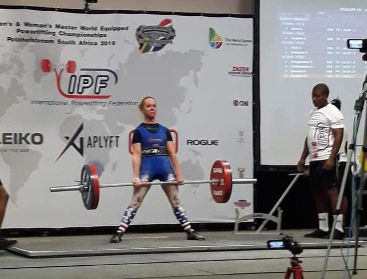 Amy Brantner deadlifting