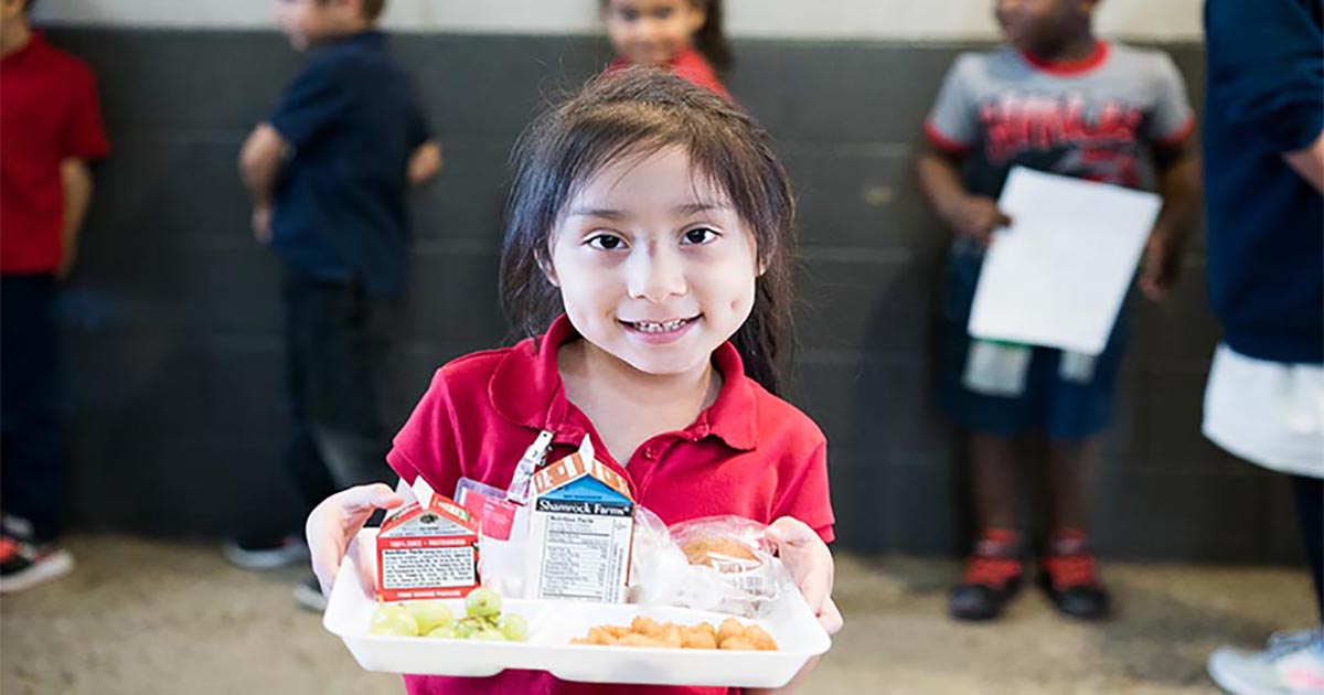 girl with food tray